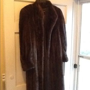 AMAZING VINTAGE FULL LENGTH MINK FUR COAT
